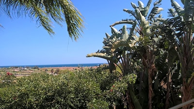 New Modern, Very Spacious Sea View Villa, Private Pool, Garden, Air-con &  WiFi