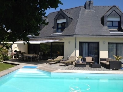 Vue d'ensemble Maison/Piscine/Terrasse