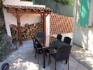 Salon de jardin, table à manger extérieure