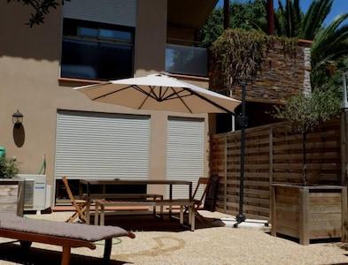 Collioure, très beau triplex, 150m baie Collioure, terrasse 50 m2, garage