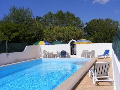 Comfortable Villa, Private Heated Pool, Faro Algarve.