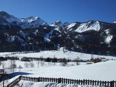 Vue du balcon 1 côté pistes de ski (hiver)
