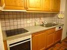 Cuisine rénovée 2013:nouveau four, taque, lave-vaisselle, frigo, plan de travail