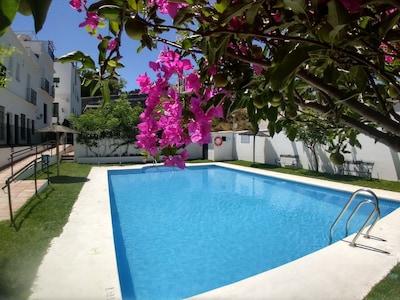 Casa 9 Sanlucar, Casa de vacaciones con piscina, A / C, estacionamiento + internet de fibra óptica