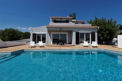 Leaf Mountain:  Private 3 Bed Villa with Salt Pool