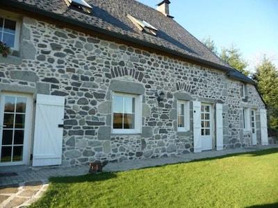 Maison de charme au milieu des Volcans d'Auvergne