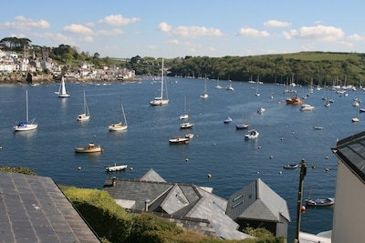 A Cottage in a dream location in Polruan near Fowey with stunning views