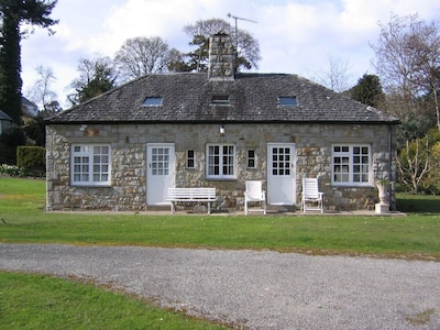 A frontal view of Paddock Cottage