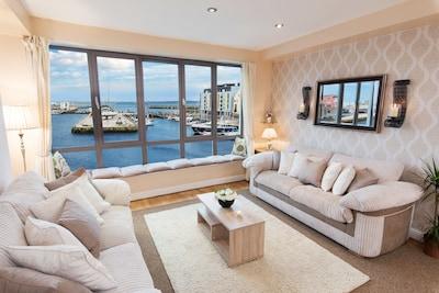 Sea View  - Luxury City Center - Best Location