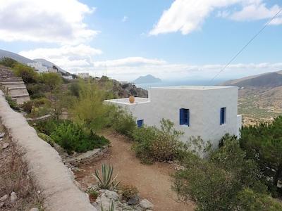 Vue de la maison - View of the house