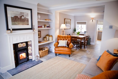 Cosy open plan lounge with log-burner, dvds, plenty of games and Netflix!