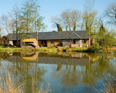 3 Stunning Lakeside Cottages With Indoor Pool Hot Tub Outdoor Hot Tub Fishing Callington