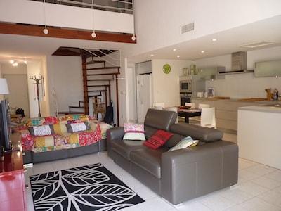 Collioure: appartement spacieux, moderne, près des plages, au calme, 2 garages