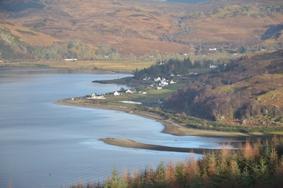 Glenelg, pet friendly spacious house with fantastic views across the bay to Skye