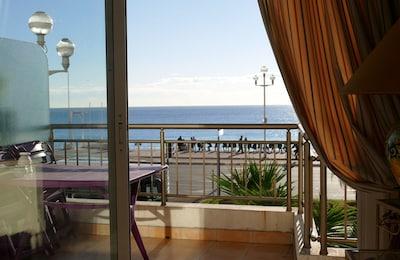 balcon, vue du séjour