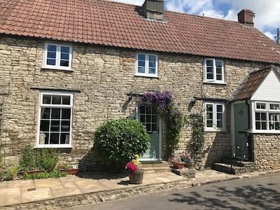 Cottage In Village Location Surrounded By Beautiful Countryside