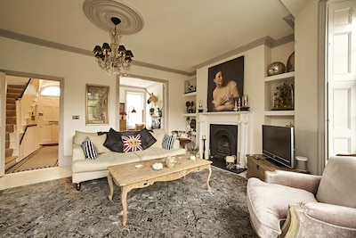 Central London 4 bed 18th Century Townhouse