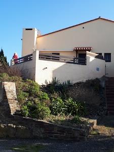 villa avec vue sur la terrasse - villa with view on the terrace