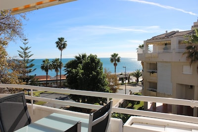 Première ligne de mer et le boulevard, Torremolinos, Soleil, Mer, Plage et Relax