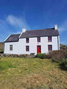 Youngs Cottage by the sea