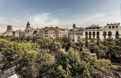 Unique sights from one of the balconies to Passeig de Gracia south West