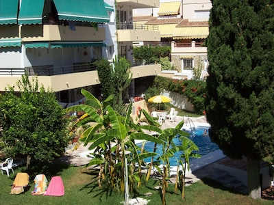 Ideally located Burriana Apartment ***Recently renovated*** With WiFi & UK TV