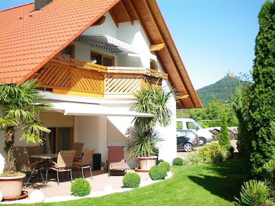 Die Wohnung liegt direkt am Fuße der Burg Hohenzollern.