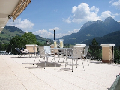Chateau d'Oex Ski Resort, Chateau-d'Oex, Canton of Vaud, Switzerland