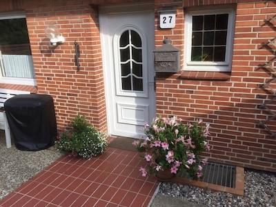 Ferienhaus mit 4 Schlafzimmern im Grünen für Ruhe und Erholung!