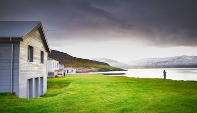 Spacious and comfortable house at the shore