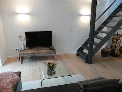 Treppe zum Obergeschoss