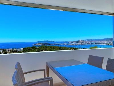 Aussicht auf Ibiza Stadt