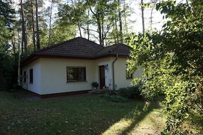 Kleines Haus am See