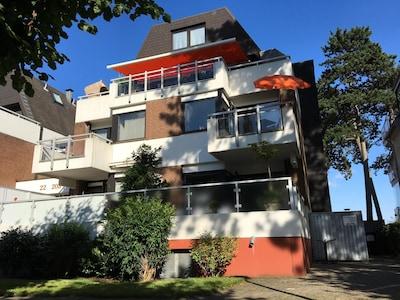 Hausfront (Wohnung liegt im 1. Stock rechts)