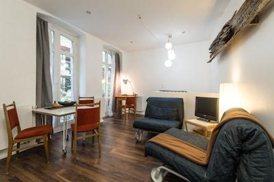 living room (upper floor)