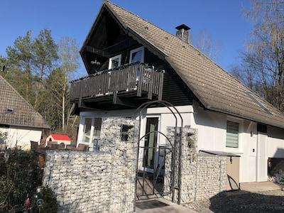 Hüttenzauber Frankenau - Ferienhaus f. 2-6 Pers.-Hund (eingez.G.)