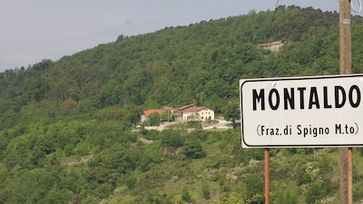 Casa Montaldo eingebettet im Grünen