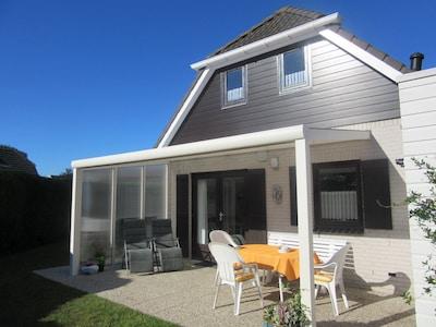Terrasse mit  neuer Überdachung