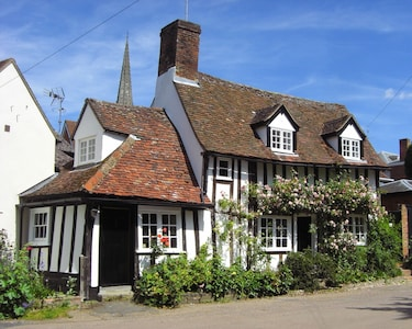 Drake Cottage in full bloom