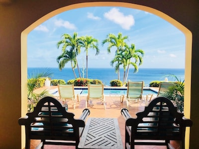🌴☀️Sunbreeze Villa. Amazing views. Close to beaches. Relaxing pool with a view!