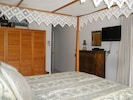 Master suite with flatscreen tv
