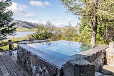 Infinity hot tub in summer