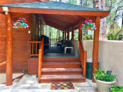 Come sit on the quit deck and beath the cool, fresh mountain air.