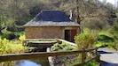Extérieur - Accès au Moulin de Marc par un chemin goudronné