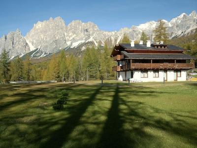 Scuola Sci Dolomiti Cortina, Cortina d'Ampezzo, Veneto, Italy
