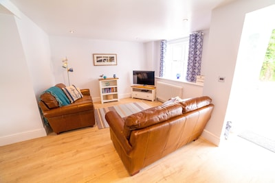 Lounge area, open plan and great for socialising