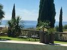 Vue mer depuis la piscine