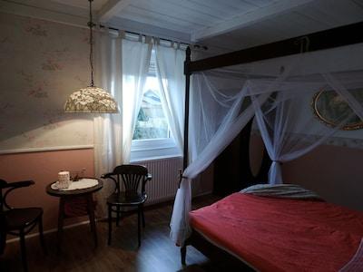 Das Schlafzimmer 1 für zwei verliebte