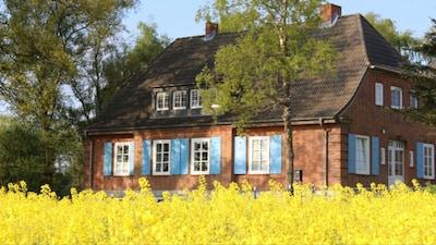 Idyllisches Landhaus, ruhige Lage, familienfreundlich, Ostseenähe.