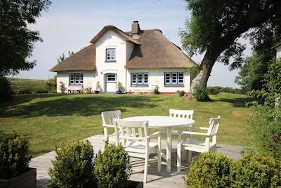 Ferienhaus Deichgut - Urlaub in Alleinlage nahe St. Peter-Ording und der Nordsee